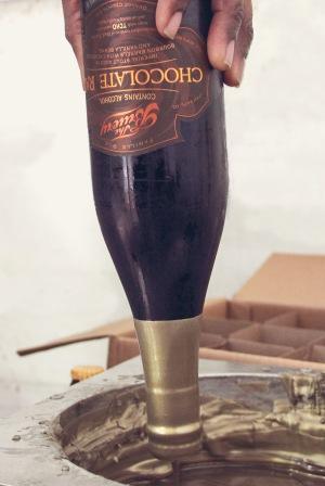 wax-dipping-bottle